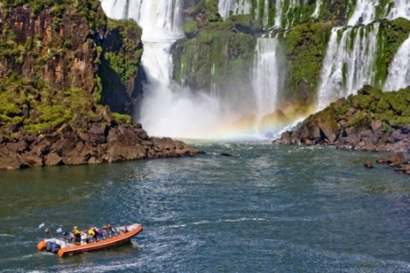 Las Cataratas del Iguazú son el principal atractivo del país, pero la mayoría de los ingresos son por viajes de negocios