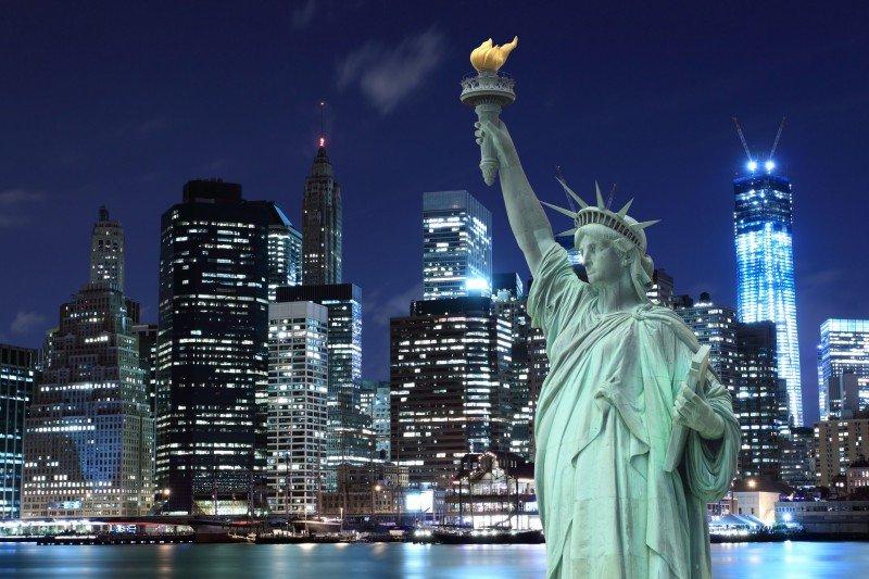 La Estatua de la Libertad en uno de los monumentos que no se podrán visitar en los próximos días. #shu#