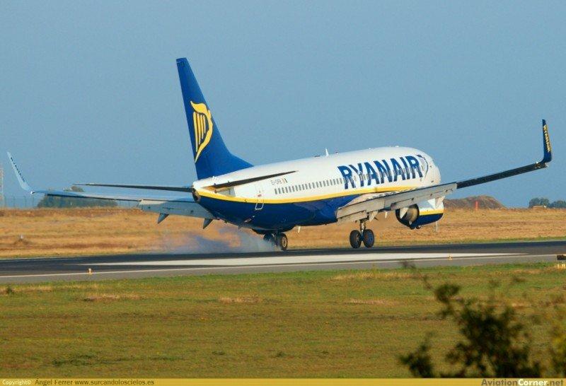 Galicia rompe el acuerdo con Ryanair (Foto: Aviationcornet.net).