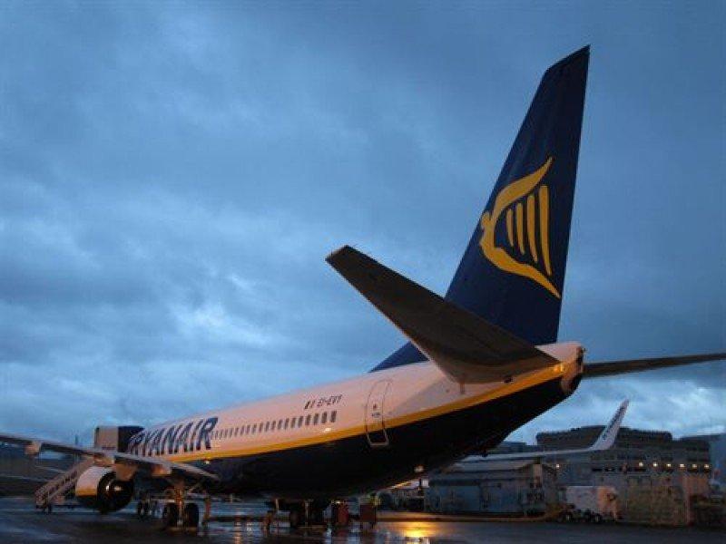 Multa de 8 M € a Ryanair por violar la legislación laboral en Francia
