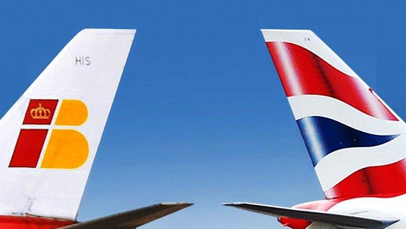 Vueling dispara el tráfico de IAG y el de Iberia cae en picado