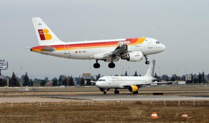 Iberia y Vueling (Imagen Borja Ruiz).