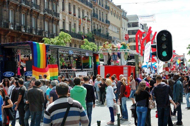 El turismo gay supone el 10% de los viajeros a nivel mundial. #shu#