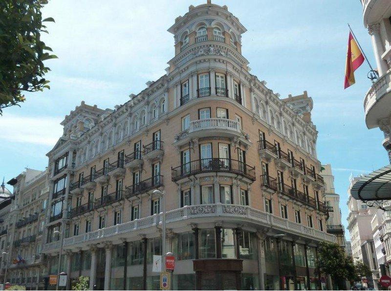 El Hotel De Las Letras de Madrid ha pasado a formar parte de Small Luxury Hotels of The World.