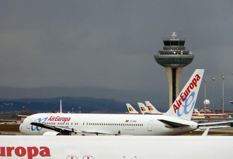 Air Europa aumenta sus pasajeros un 16% e Iberia pierde un 33%
