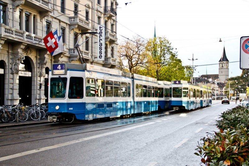 Zurich lidera la bajada de precios. #shu#.