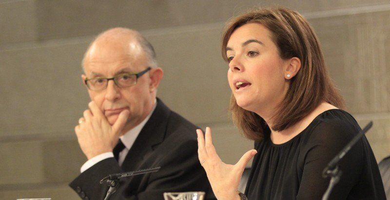 El ministro Montoro y la vicepresidenta Sáenz de Santamaría.