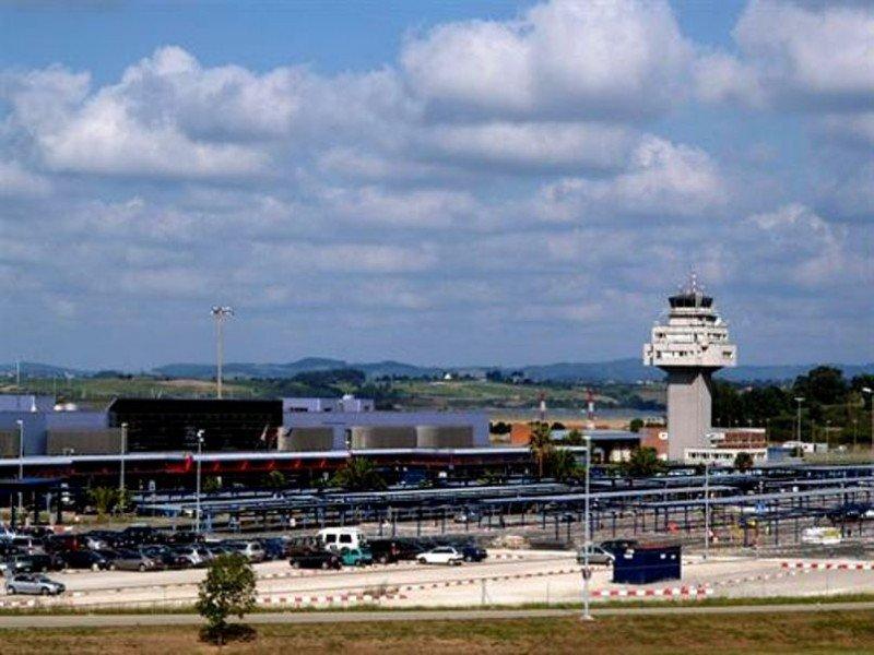 España estrena los aterrizajes por satélite en el Aeropuerto de Santander