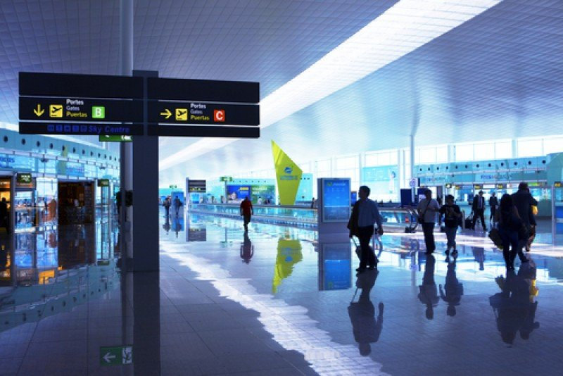 Aeropuerto de Barcelona. #shu#