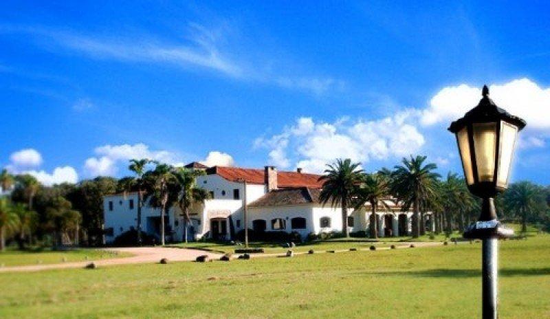 Hotel Parque Oceánico en la Coronilla, Rocha