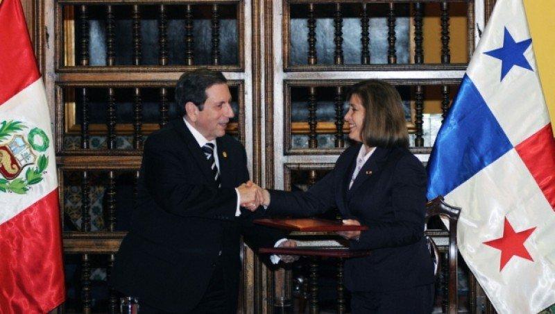 El acuerdo fue firmado por los cancilleres de ambos países