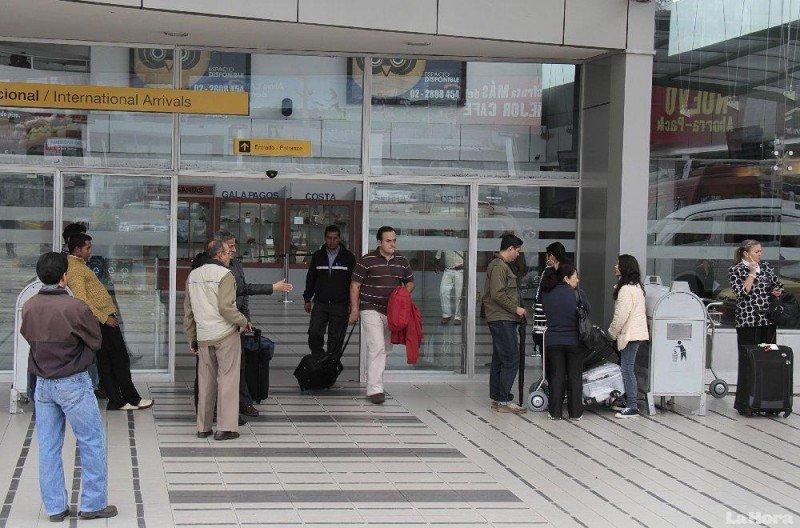 Viajes de ecuatorianos al exterior crecen un 11% hasta agosto