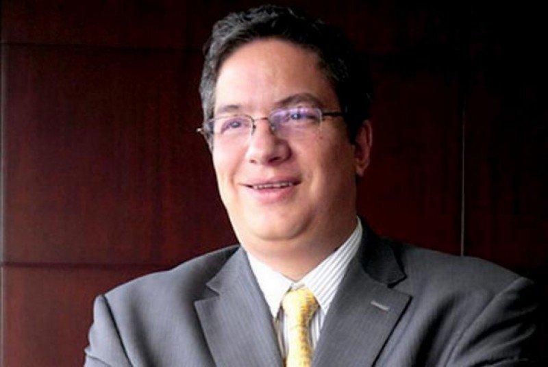 Santiago Rojas.