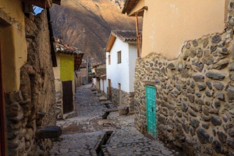 Calles de Ollantaytambo, Cuzco, Peru. #shu#
