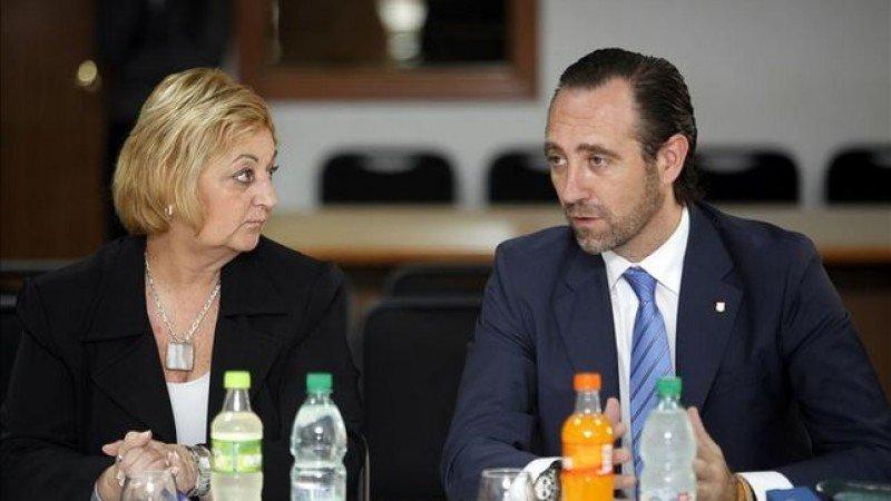 Liliam Kechichián y José Ramón Bauzá en Montevideo.