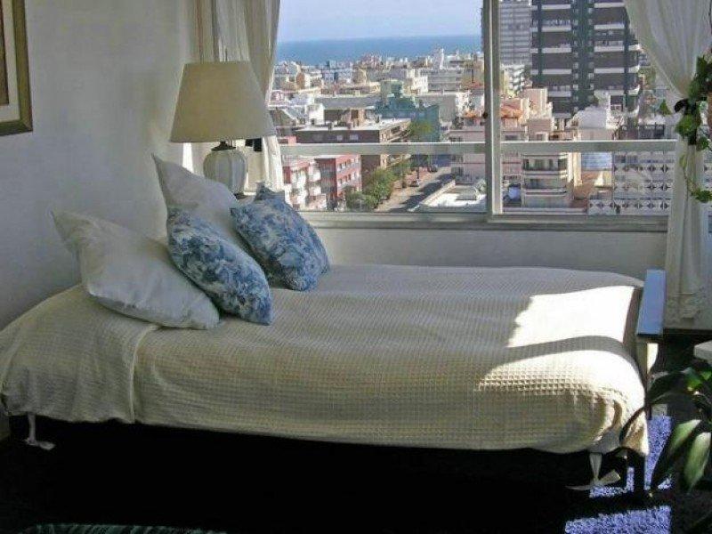 La oferta de alquileres en Punta del Este supera 30 veces la capacidad hotelera.