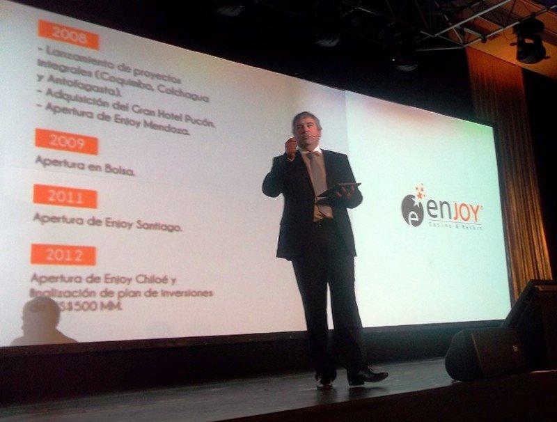 Javier Martínez, vicepresidente ejecutivo de Enjoy, en la presentación del 'nuevo Conrad'.