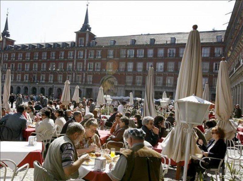 El superávit del sector turístico crece un 4,1% hasta agosto