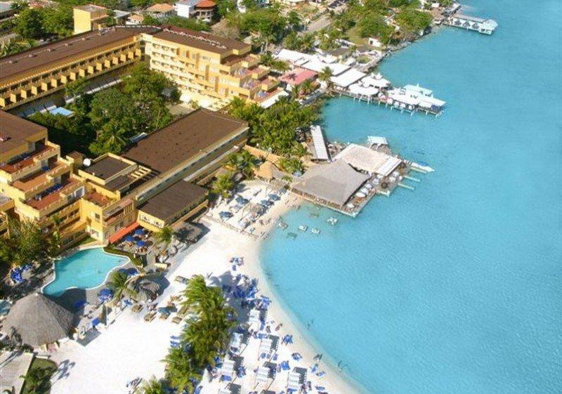 El 60% del alojamiento turístico en República Dominicana es español