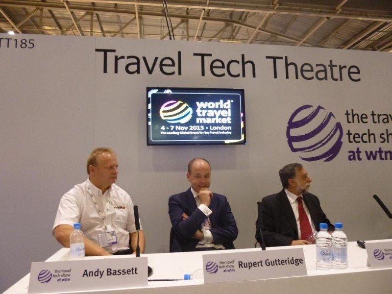 Participantes en la jornada sobre distribución hotelera, organizada en World Travel Market.