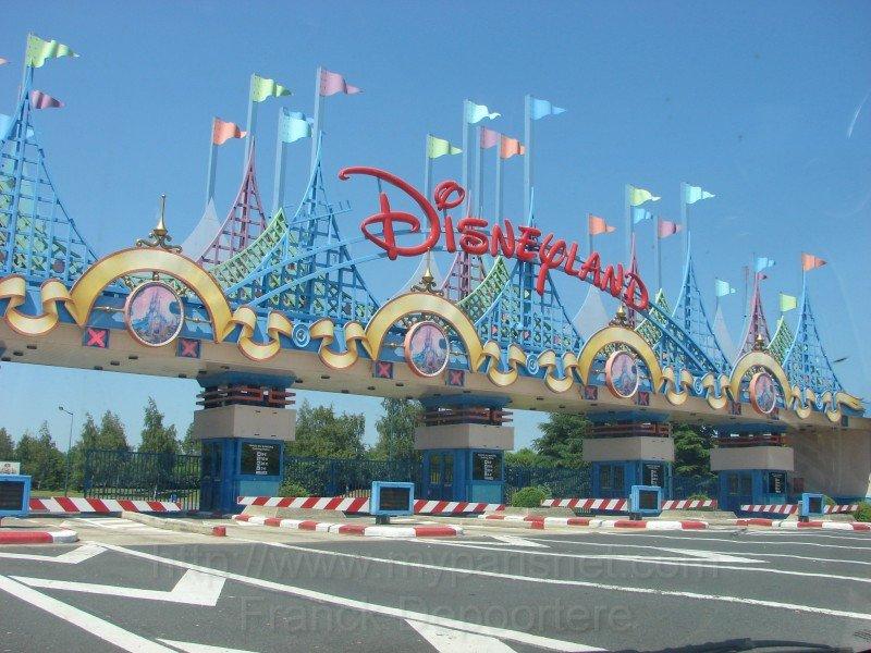 Casi 15 millones de personas visitaron los parques de Disney este año.