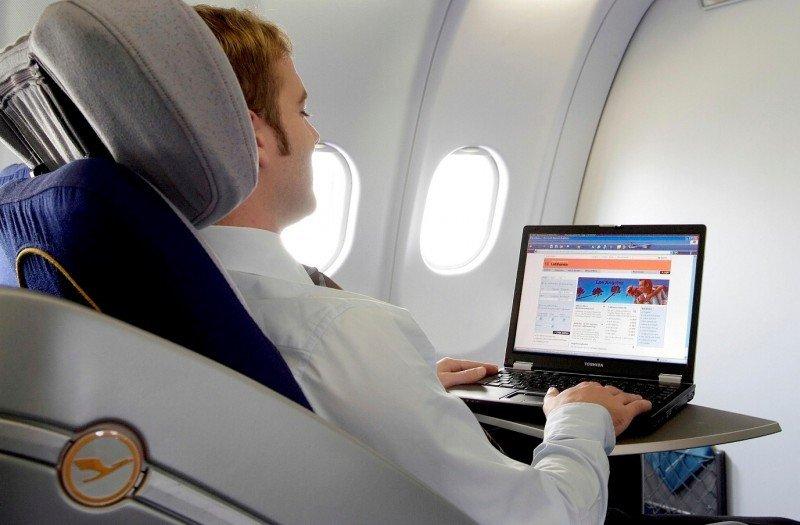 Lufthansa y KLM cuentan con conexión Wi-Fi en fase experimental.