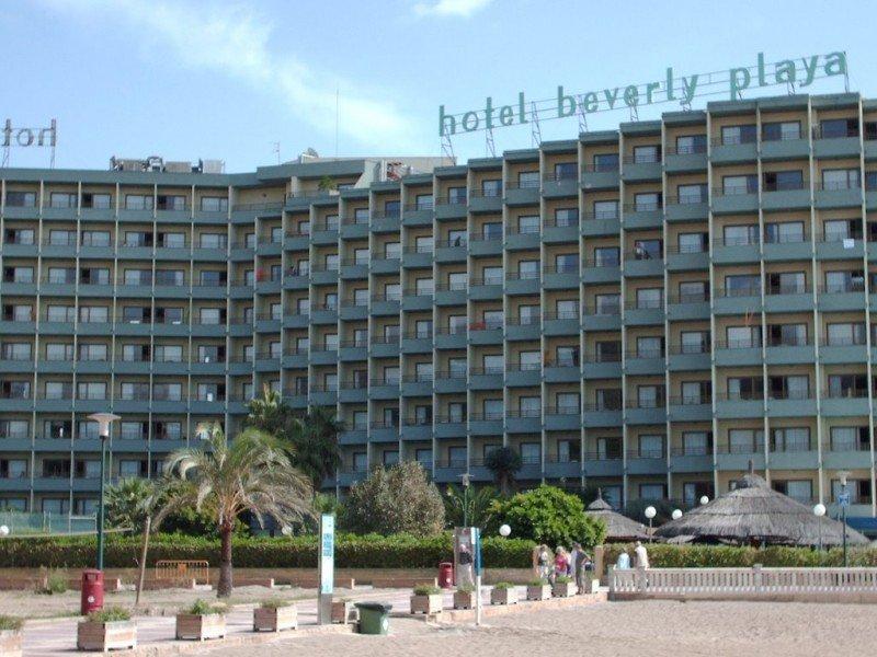 Dos hoteles de Nueva Hotasa en Mallorca quedan fuera de la venta