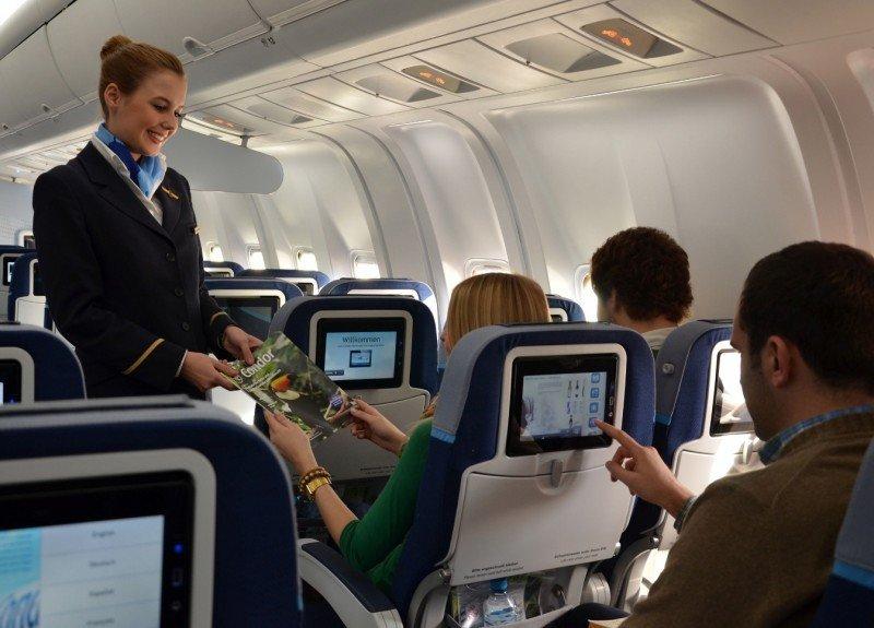 Condor ya tiene operativo el primer B767-300 con sus nuevas cabinas .