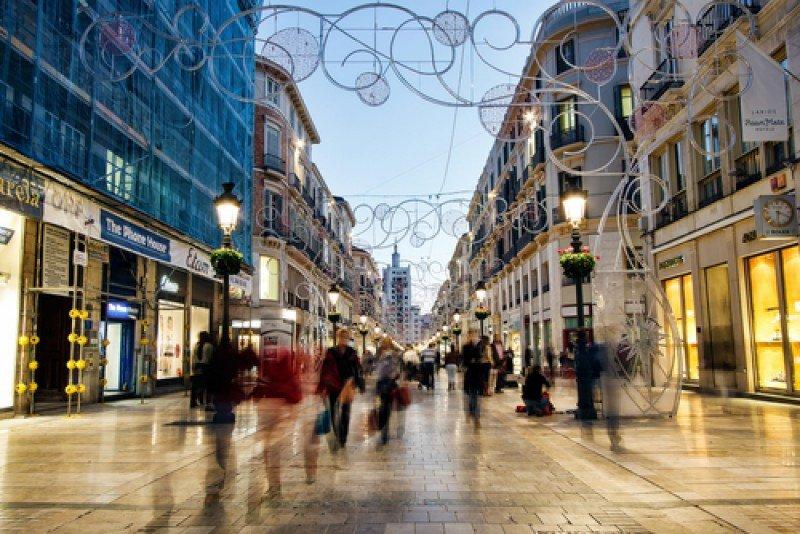 La calle Larios, arteria comercial de Málaga. #shu#