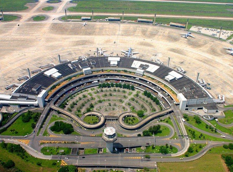 El Consorcio Aeroportos do Futuro ofreció US$ 8.644,5 millones por el Aeropuerto de Río de Janeiro.