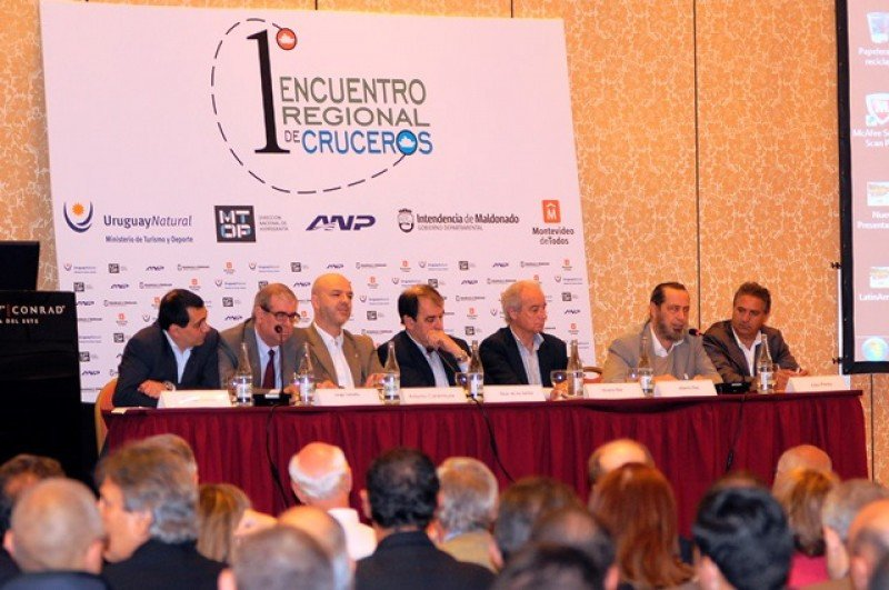 Primer Encuentro Regional de Cruceros en Punta del Este