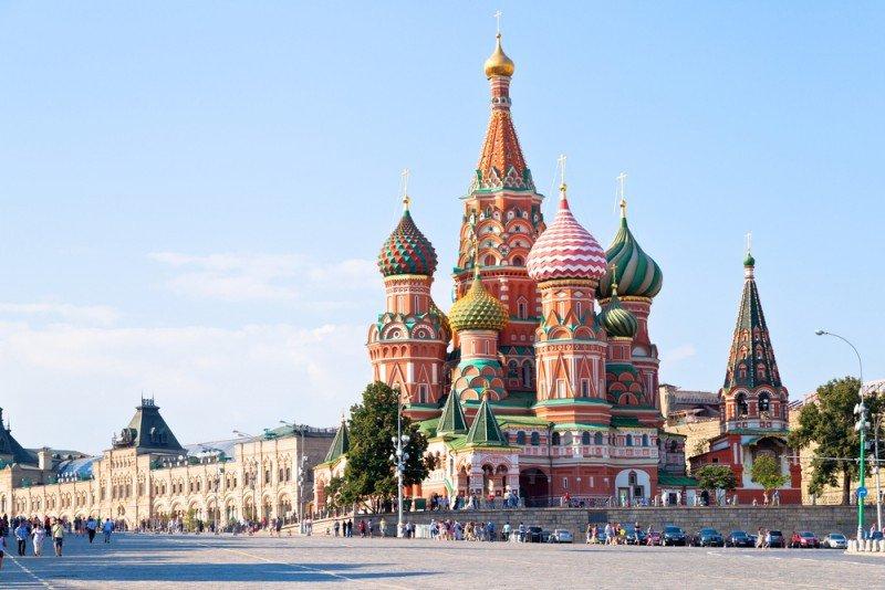 Los turistas de Rusia constituyen uno de los mercados que más crecen en España. #shu#