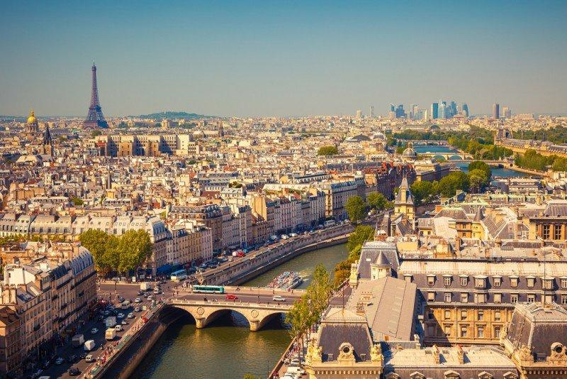 Francia es uno de los principales emisores de turistas a España. #shu#