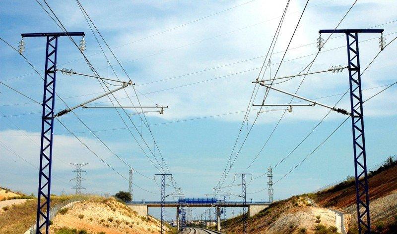 Paros de controladores ferroviarios: el 33% cubrirá los servicios mínimos