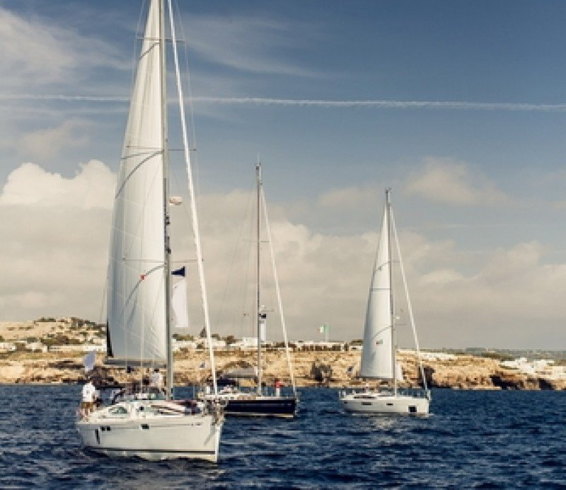 Cerca de 300.000 turistas llegaron a Andalucía a través de sus puertos deportivos. #shu#