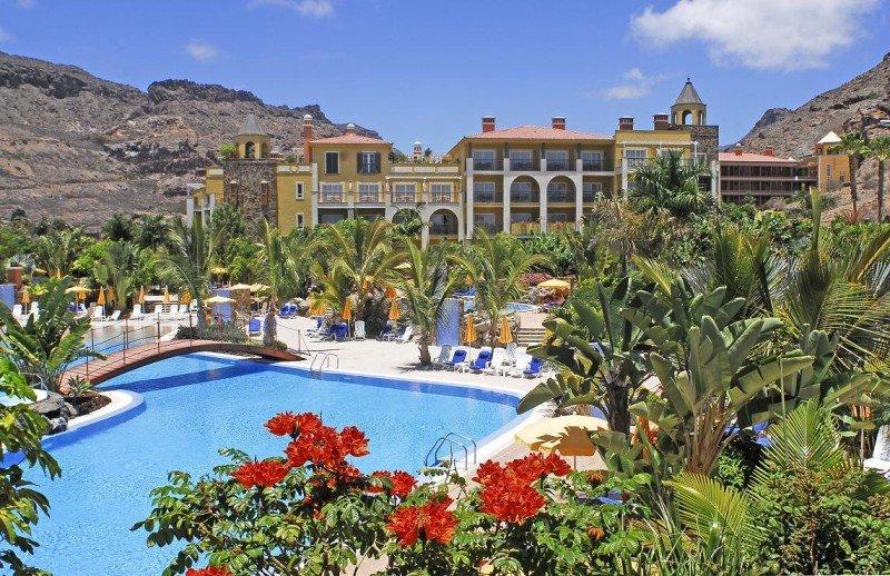 El Hotel Cordial Mogán Playa, de 4 estrellas plus, ha recibido el Travelife Gold por su política de sostenibilidad, junto a los Apartamentos Cordial Mogán Valle.