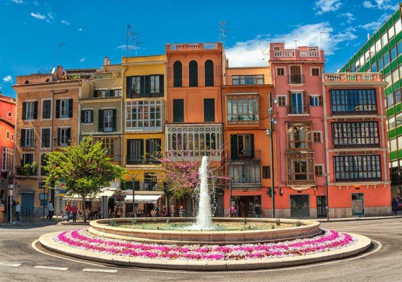 En el centro de Palma ya se han ejecutado cuatro o cinco proyectos hoteleros, a los que se sumarán siete u ocho más. #shu#