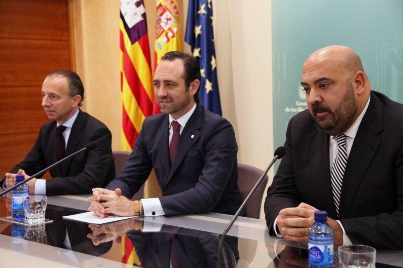 De izquierda a derecha: Carlos Delgado, José Ramón Bauzà y Jaime Martínez.