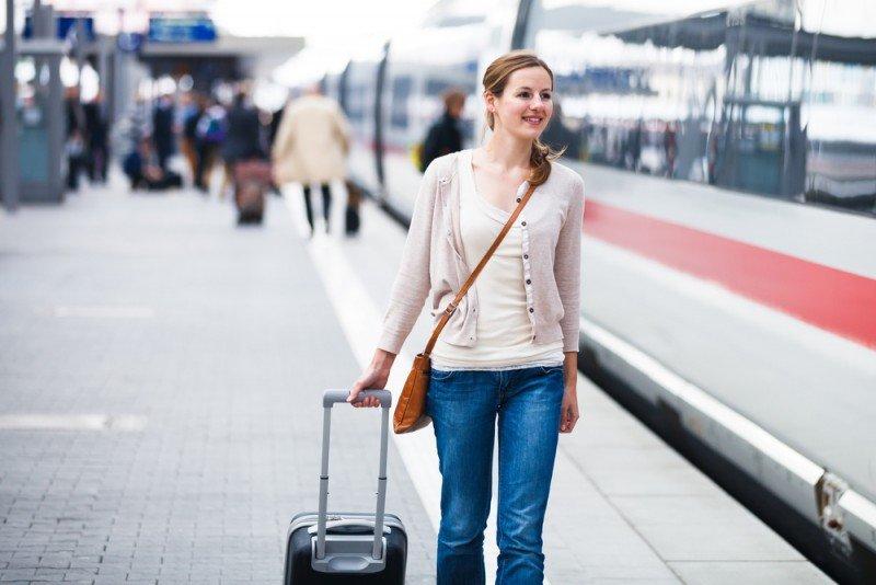 Aumentan los viajes en tren frente a una caída de los desplazamientos en avión. #shu#
