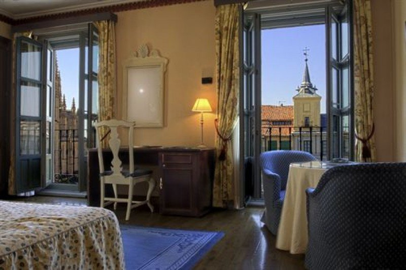 El Cabildo saca a contratación la gestión del Hotel Fuerteventura Playa Blanca