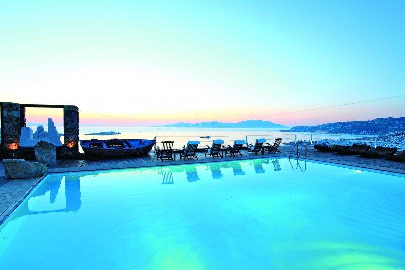 Thomson ha aumentado un 9% su oferta en Grecia para 2014.