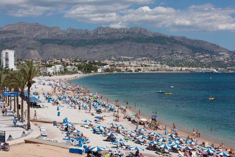 En 2012, España recibidó 57,7 millones de turistas extranjeros. #shu#