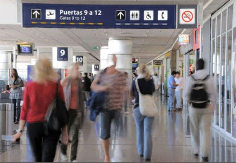 Transporte aéreo de pasajeros crece 3,2% en Argentina