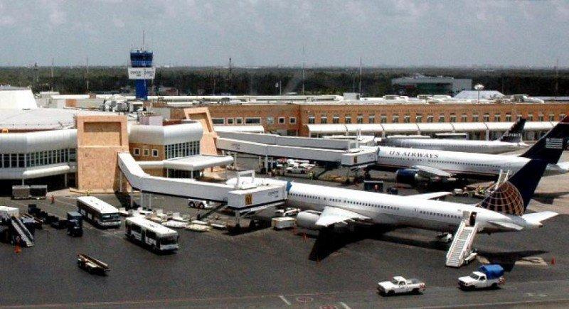 El aeropuerto de Cancún refuerza conexiones locales, con Panamá y con Nueva York.
