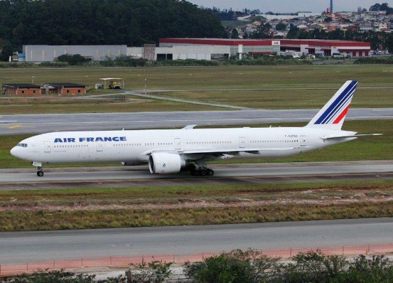 Boeing 777-328ER de Air France.