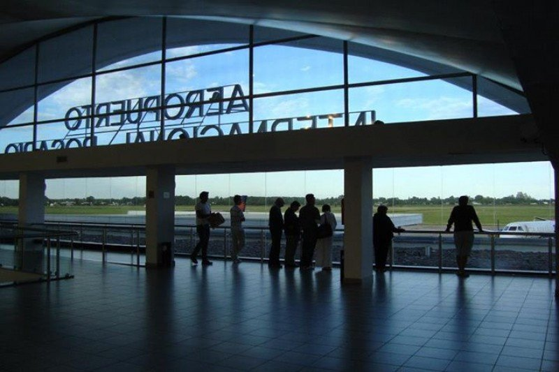 Aeropuerto Internacional Islas Malvinas.