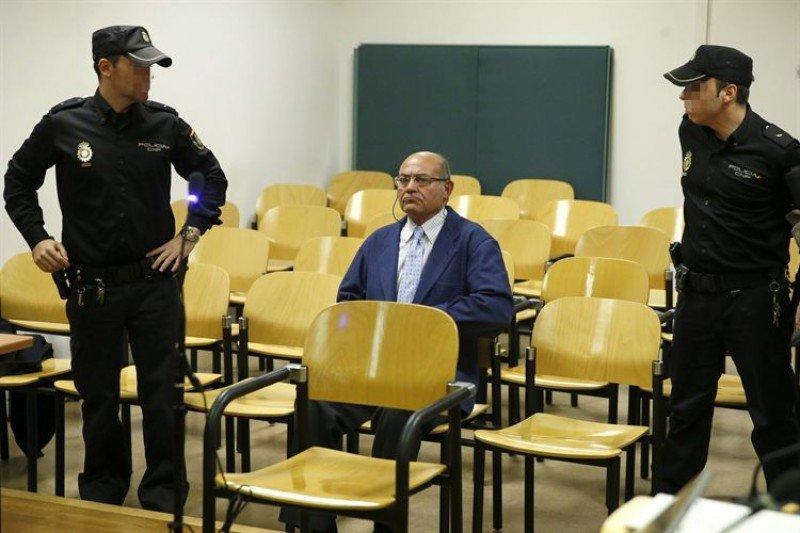 Condenado por la justicia española por delito contra la Hacienda Pública.