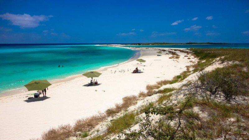 Playa en archipiélago de Los Roques, Venezuela. #shu#