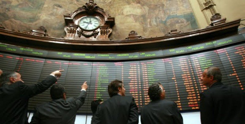 Bolsa de Comercio de Santiago.