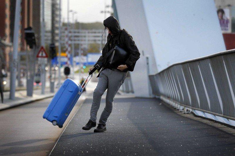 Tormentas causan problemas a viajeros en España, Francia y Reino Unido previo a Navidad